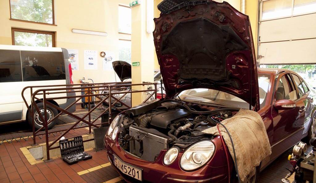 serwis-samochodowy-ogrzewanie-klimtayzacja-mercedes